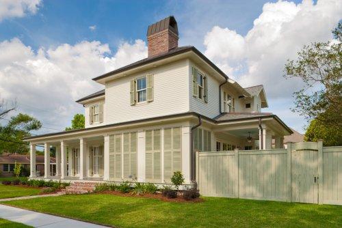 Ridgelake Drive Residence